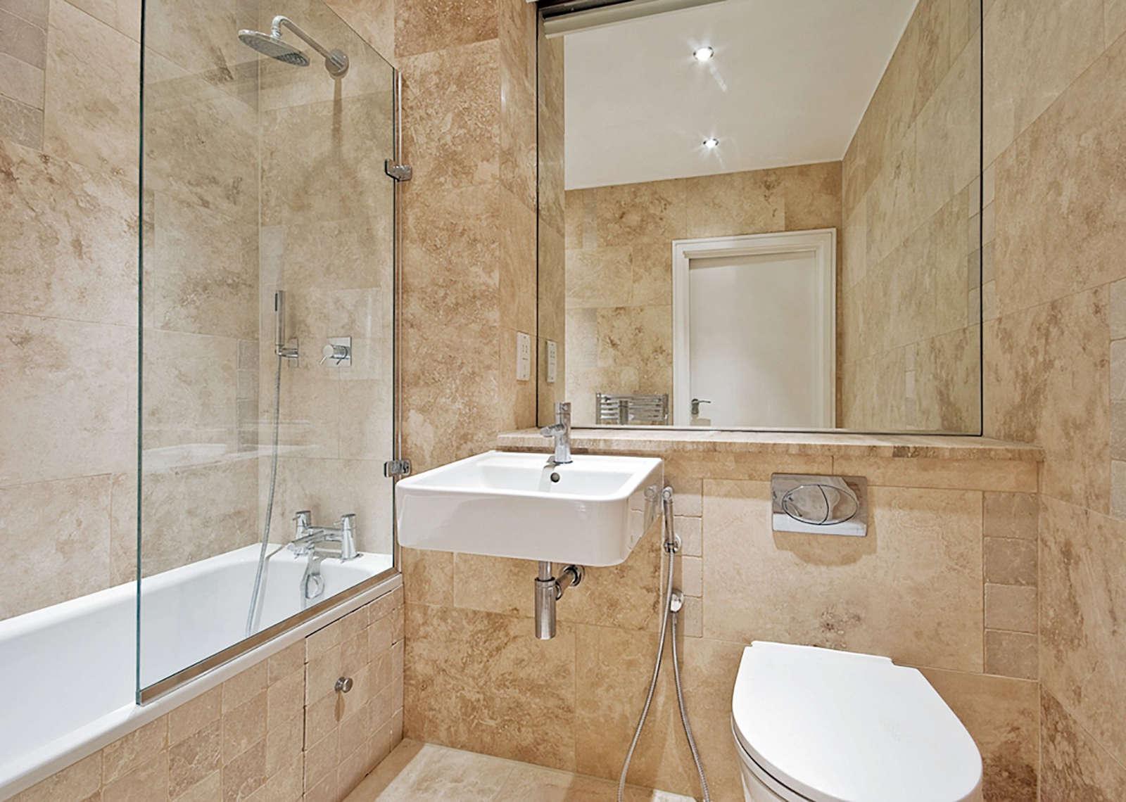 Pietra naturale e ricostruita origine pietra for Arredo bagno classico elegante prezzi