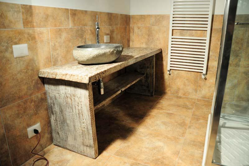 Bagno In Pietra Ricostruita : Bagno origine pietra