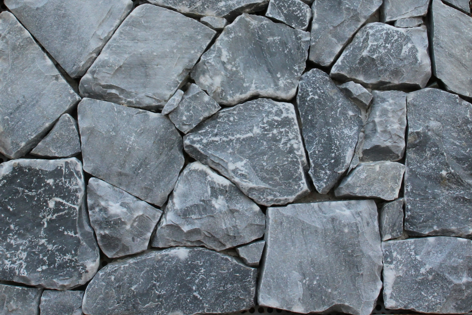 Bardiglio origine pietra - Pietra a vista per esterni ...