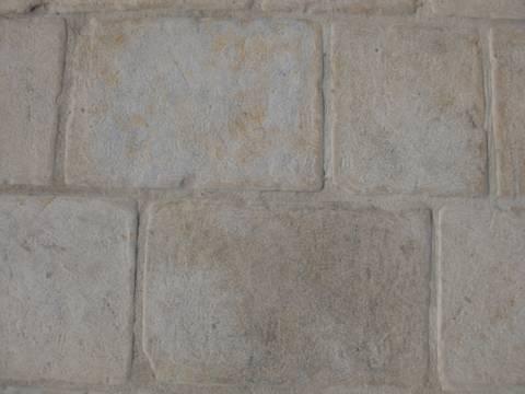 Pavimento In Pietra Calcarea : Noce scuro legno dotati di unità nella cucina moderna con