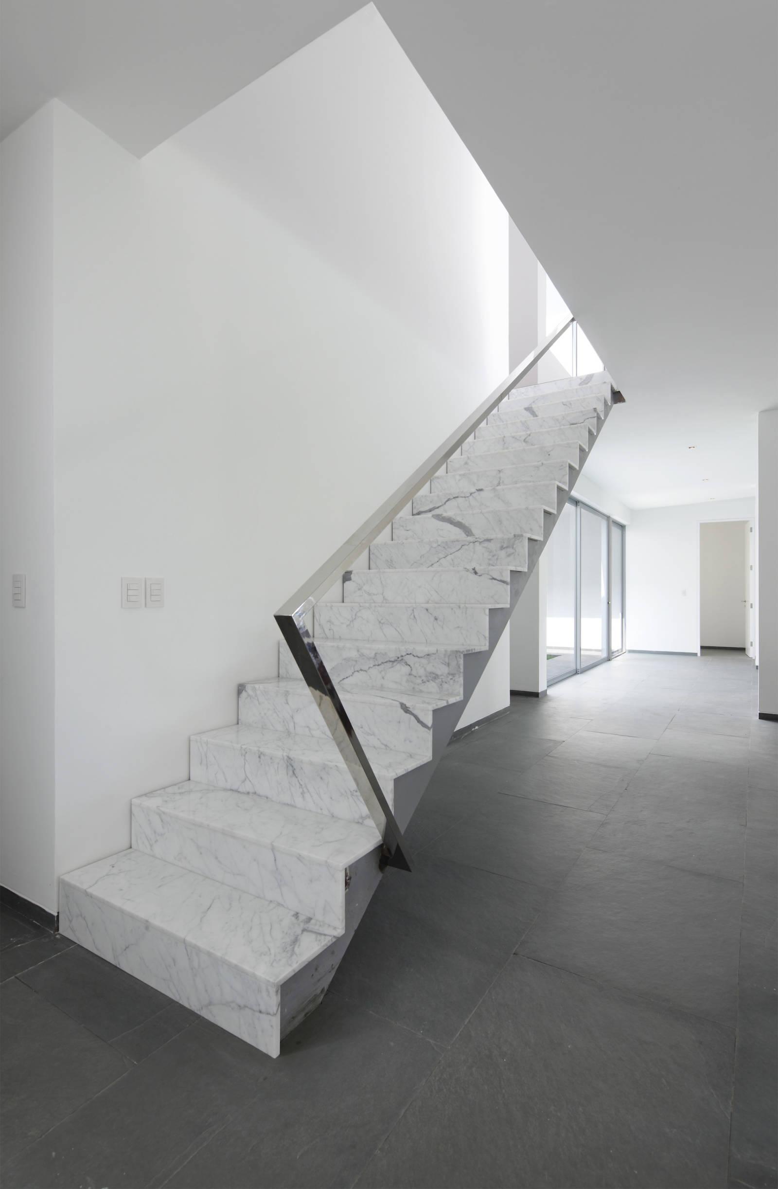 Scale in marmo origine pietra - Scale moderne in marmo ...