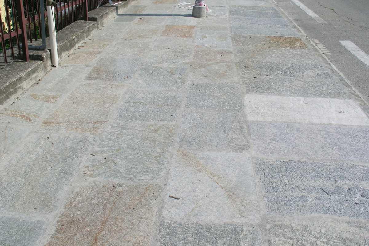 Pavimenti in pietra naturale origine pietra - Pietre da esterno pavimenti ...