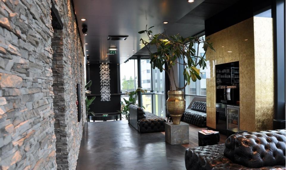 La pietra ricostruita o la pietra naturale rivestire i - Aerazione naturale della casa ...